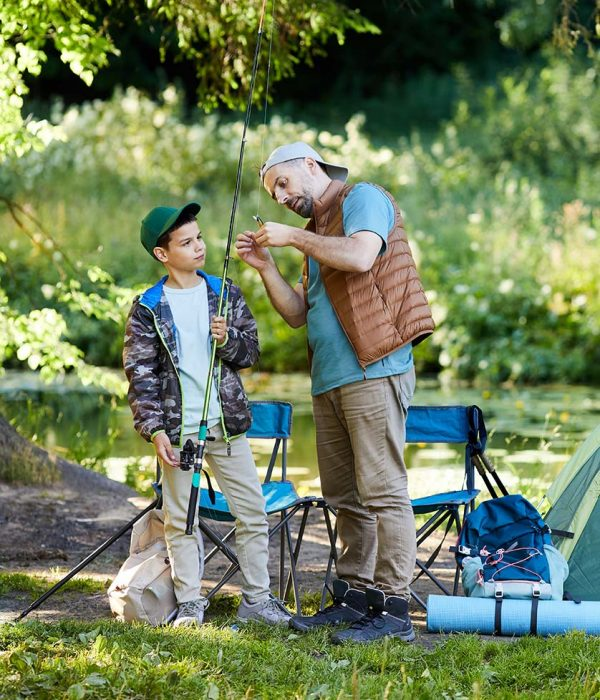 mature-father-and-son-at-fishing-trip-VRX4GPU-resize-1